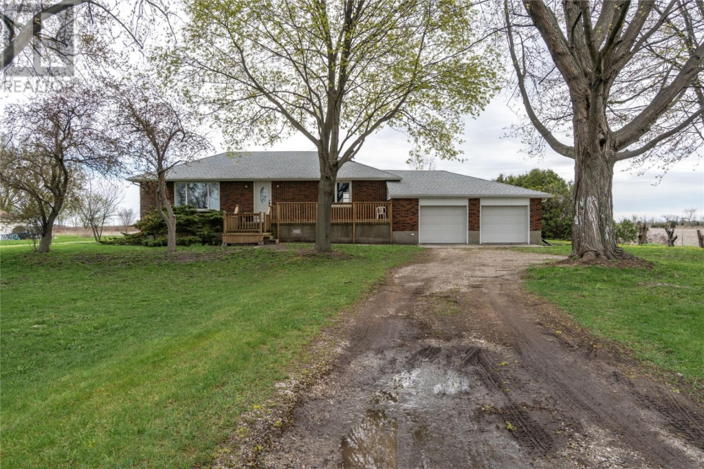 Real Estate Listing   6068 BLACKWELL Sideroad Sarnia
